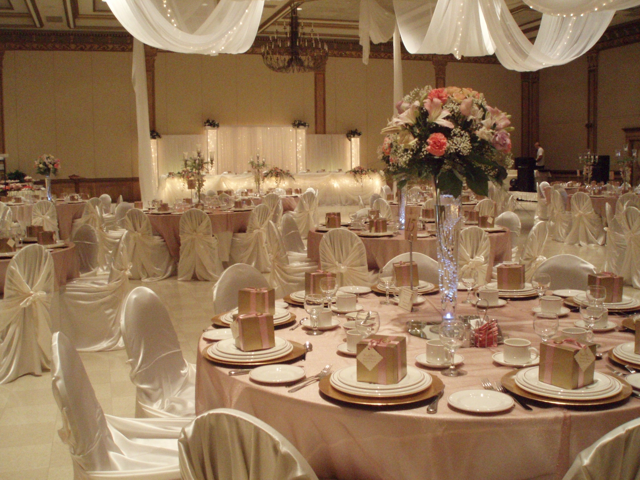 Image gallery event decorationa for Wedding planner decoration